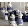 Proud Mary Delfter Blau Kollektor Figuren sind verpackt in eine schöne Geschenkverpackung