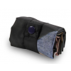 So rollen Sie die Loqi Tasche zu einem handlichen Paket auf.