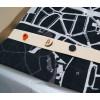 Der Schal kommt mit 3 Stiften, die Sie an den für Sie wichtigen Stellen anheften können!