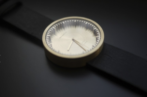 tube-watch-horloges-s38-en-d38-met-messing-en-stalen-kast-leff-amterdam-by-piet-hein-eek-2016-11-06-om-10-17-26
