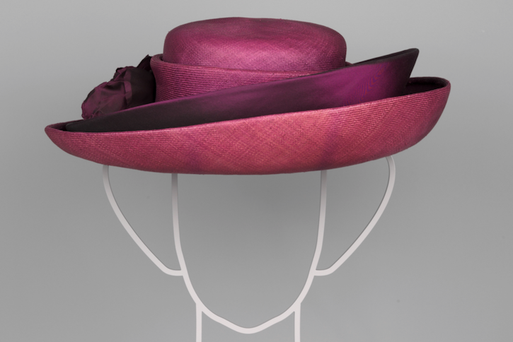 Paleis het Loo: Chapeaux! De hoeden van Koningin Beatrix 725x484 blog op Holland Design & Gifts www.shop.holland.com